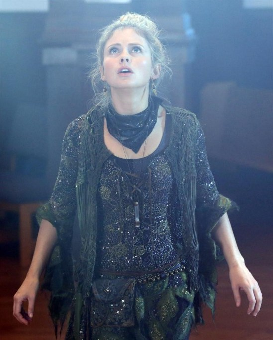 Once Upon a Time Season 3 Episode 11 Going Home (2)