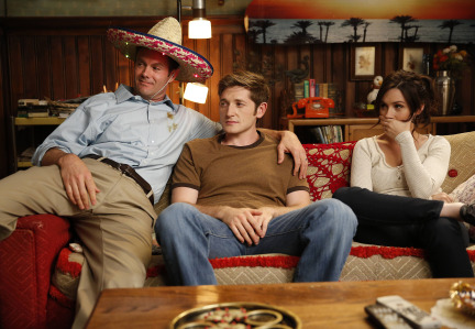 Raising Hope Episodes 9 & 10 The Chance Who Stole Christmas;Bee Story (6)