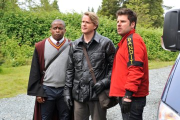 Psych Season 8 Episode 1 Lock, Stock, Some Smoking Barrels and Burton Guster's Goblet of Fire (9)