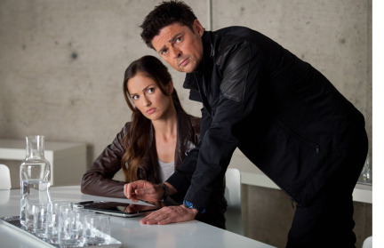 Almost Human Season 1 Episode 10 Perception (11)