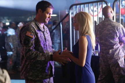 Enlisted (Fox) Episode 6 Brothers and Sister (2)