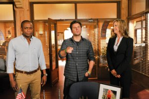 Psych Season 8 Episode 8 A Touch of Sweevil (2)