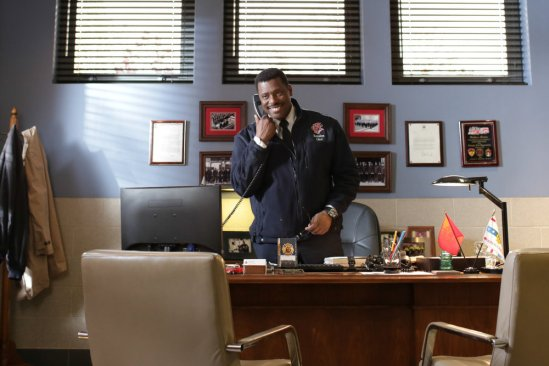 Chicago Fire Season 2 Episode 18 Until Your Feet Leave the Ground (1)