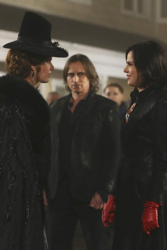 Once Upon a Time Season 3 Episode 16 It's Not Easy Being Green (16)
