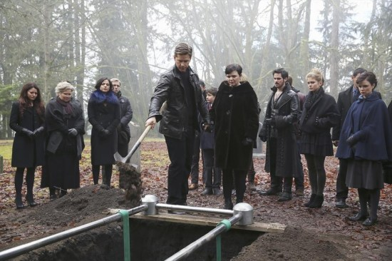Once Upon a Time Season 3 Episode 16 It's Not Easy Being Green (11)