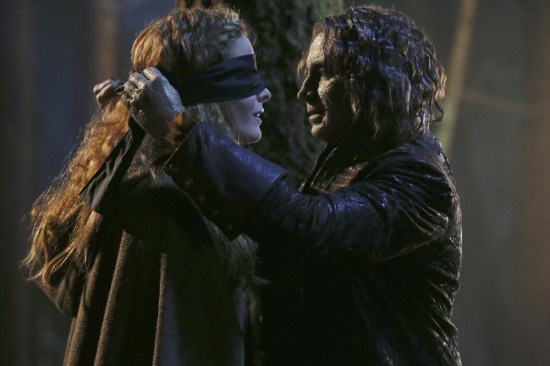 Once Upon a Time Season 3 Episode 16 It's Not Easy Being Green (2)