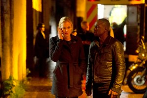 24: LIVE ANOTHER DAY: Kate (Yvonne Strahovski, L) and Erik (Gbenga Akinnagbe, R)