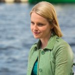 Cedar Cove Season 2 Episode 3 Relations and Relationships: Part One (11)