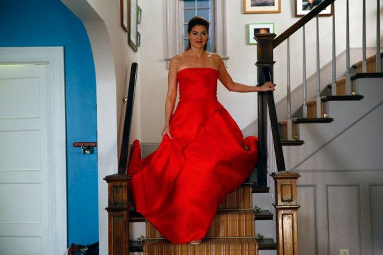 The Mysteries of Laura episode 6 The Mystery of the Red Runway (3)