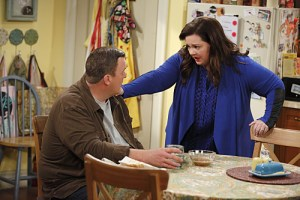 Mike Molly The World According To Peggy Season 5 Episode 12 08