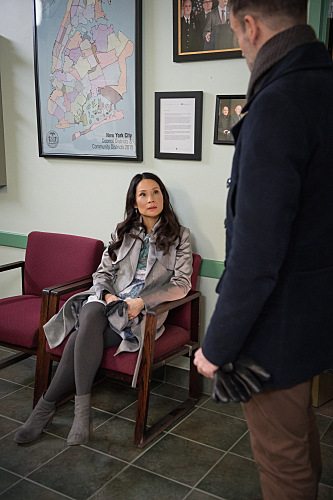 Elementary For All You Know Season 3 Episode 16 05