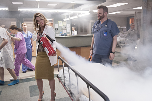 "Nurse Jackie ""Vigilante Jones"" Season 7 Episode 11 (3)"