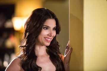 Devious Maids Cries and Whispers Season 3 Episode 8 (3)