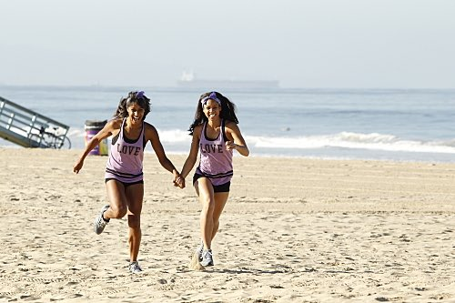 The Amazing Race A Little Too Much Beefcake Season 27 Premiere 2015 (13)