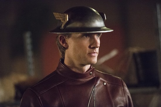 """The Flash """"Flash of Two Worlds"""" Season 2 Episode 2 (8)"""