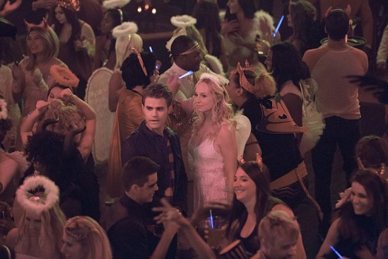"""The Vampire Diaries """"I Carry Your Heart With Me"""" Season 7 Episode 4 (6)"""