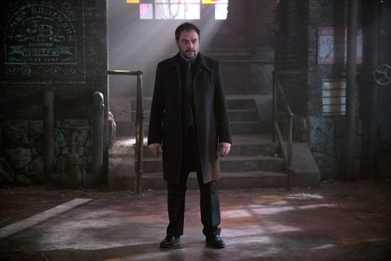 Supernatural Out of the Darkness, Into the Fire (11)