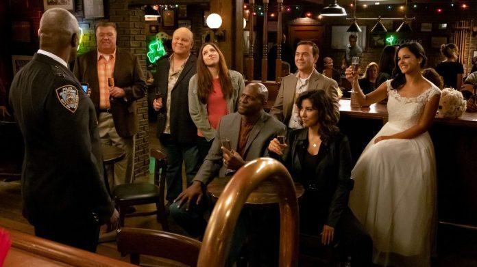 Brooklyn Nine-Nine' Season 6: Get a Sneak Peek at the New Season on NBC  (PHOTOS)