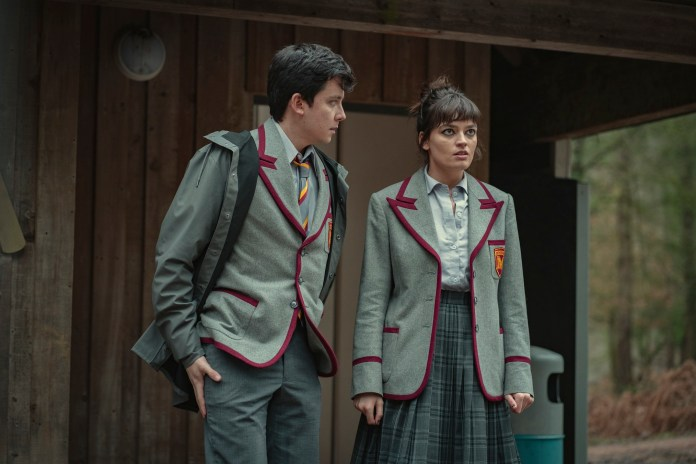 Sex Education': Asa Butterfield Admits Otis & Maeve Still Have 'A Lot to  Learn'