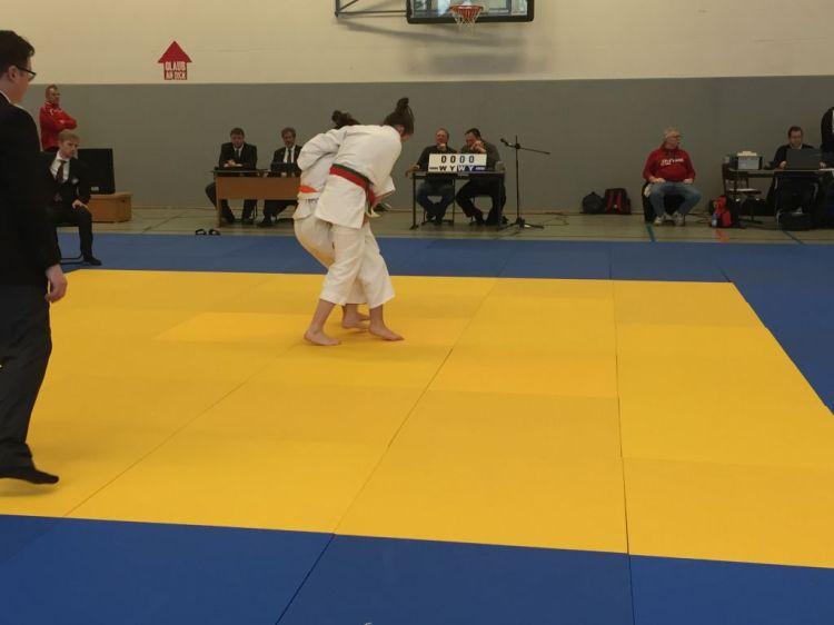 http://www.tvjahn-bad-lippspringe.de/tl_files/artikelbilder/2012/Judo/BEM U15-18 2016/Foto 07.02.16, 11 47 24.jpg
