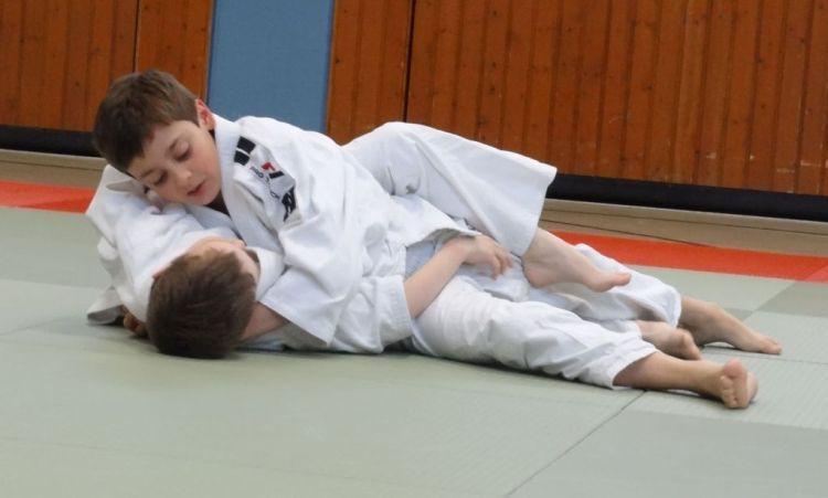 https://i0.wp.com/www.tvjahn-bad-lippspringe.de/tl_files/artikelbilder/2012/Judo/DSC00048b.jpg?w=750