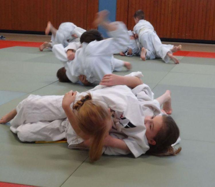 https://i0.wp.com/www.tvjahn-bad-lippspringe.de/tl_files/artikelbilder/2012/Judo/DSC00080b.jpg?w=750&ssl=1