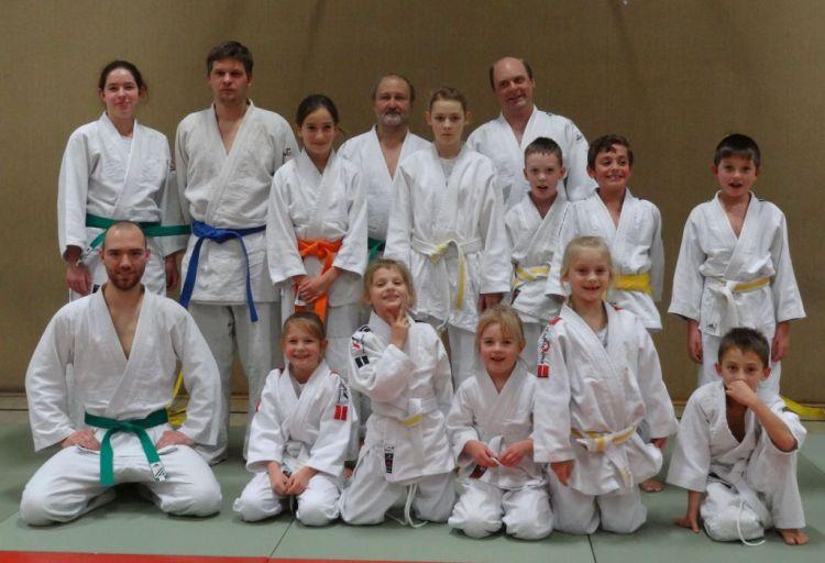 https://i0.wp.com/www.tvjahn-bad-lippspringe.de/tl_files/artikelbilder/2012/Judo/Kyu-Pruefung_05.12.2015/DSC04061b.jpg?w=750&ssl=1