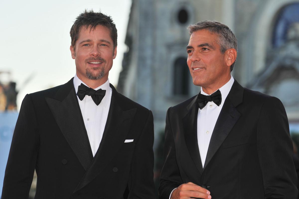 Brad Pitt va fi cavalerul de onoare la nunta lui George Clooney   TVmania.ro