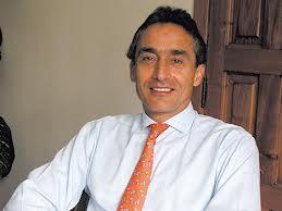 Ernesto Tinajero Flores director general de Grupo Cablecom