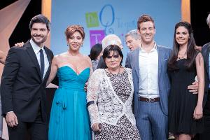 Marcelo Córdoba, Cynthia Klitbo, Lucero Suárez, Juan Diego Covarrubias y Livia Brito