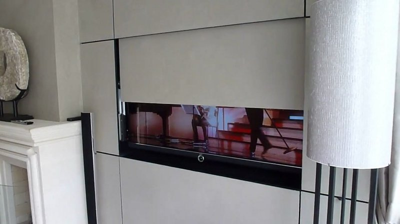 TV MOVING SPS  Meccanismo tv motorizzato speciale per tv a scomparsa nel mobile nella parete o