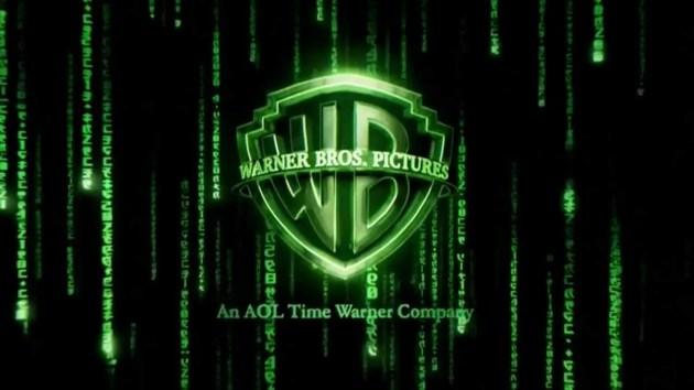 Le logotype de la Warner détourné pour le film The Matrix Reloaded en 2003