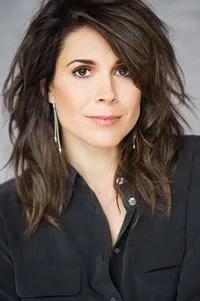 Julie Perreault.
