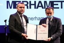 Photo of Harisu Silajdžiću i Latinki Perović godišnja nagrada Merhameta