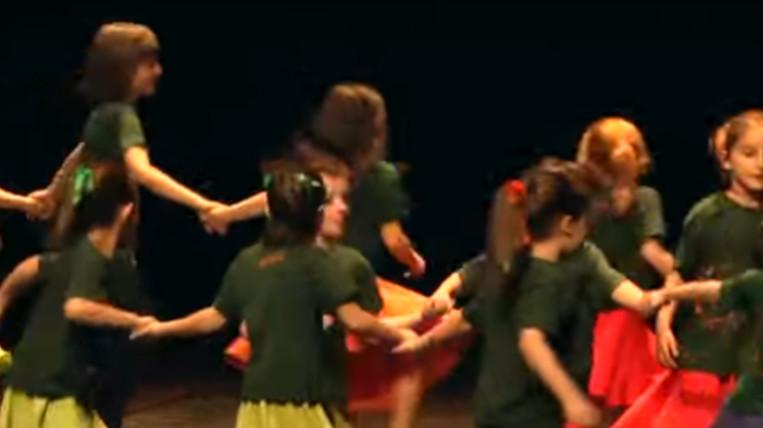 """L'Esbart Sant Cugat omple el Teatre-Auditori amb la 7a edició de l'espectacle """"Ballant perquè ens mirin"""""""