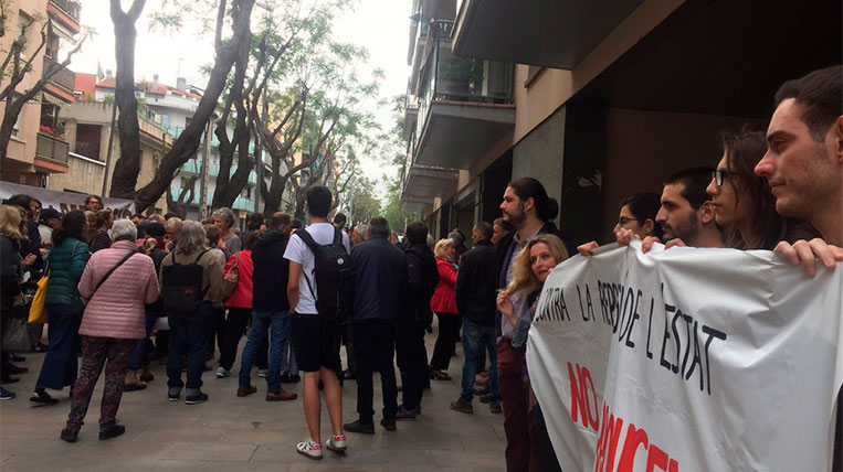 Declararen als jutjats de Rubí imputats per envair les vies dels FGC