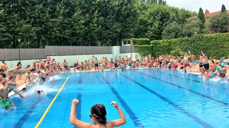 """150 persones en el salt solidari de la jornada """"Mulla't per l'esclerosi múltiple"""""""