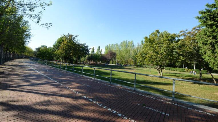 Tancats el Parc Central, el Parc de Can Mates, el Parc de la Pollancreda i l'accés a Can Borrell