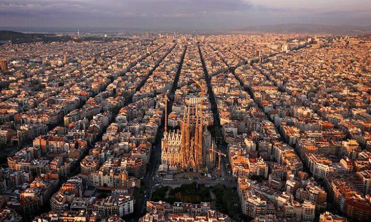 Barcelona creix un 1% per la població estrangera fins arribar als 1.666.530 ciutadans, la xifra més alta des del 1990
