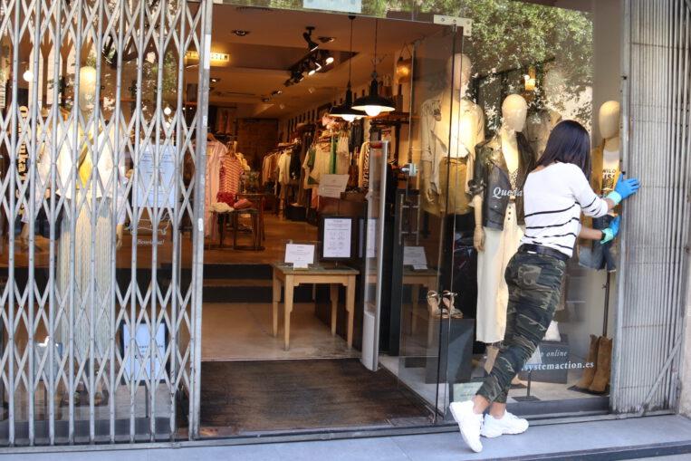 Sant Cugat repartirà 600.000 euros per comprar en establiments locals