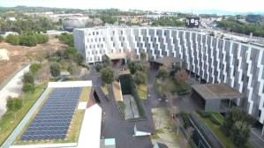 Banc Sabadell instal·la plaques fotovoltaiques amb l'objectiu de ser més sostenible