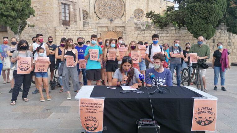 Neix un grup de suport pels tres santcugatencs detinguts durant les protestes pel raper Pablo Hasél