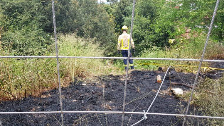 Extingit un incendi de vegetació a la Floresta