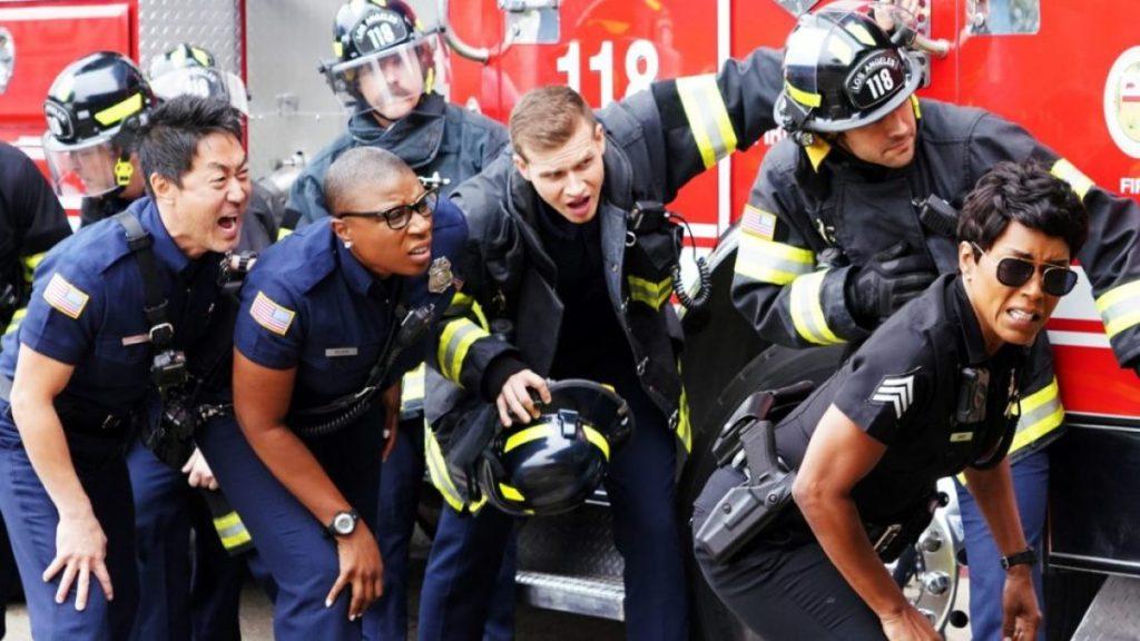 """911 Saison 4, épisode 6 """"class ="""" wp-image-95302 """"data-recalc-dims ="""" 1 """"/>      <h3> <strong> Synopsis </strong> </h3> <p> Le synopsis officiel de l'épisode se lit comme suit: «Les 118 pensent que leur superstition de la caserne des pompiers est devenue réalité quand ils ont une journée d'enfer avec une série interminable d'appels d'urgence bizarres. De l'autre côté, Athènes est à la poursuite d'un camion de pompiers 118. Un homme qui s'est collé sur un panneau d'affichage d'autoroute, un garage plein de feux d'artifice et un gérant de restaurant détruisant sa propre entreprise. Au même moment, Eddie ressent une étincelle avec l'ancien professeur de Christopher. Cependant, le personnage admet à Bobby qu'il n'est peut-être pas prêt à passer à autre chose dans sa vie personnelle. »</p> <p> L'épisode 7 de la saison 4 de la 911 s'intitule «There Goes The Neighborhood». </p> <h3> <strong> Qu'avons-nous regardé jusqu'à présent? </strong> </h3> <p> Le dernier épisode publié de la saison en cours était «Buck Begins». L'épisode traitait du scénario passé de Buck. Il apprend à connaître son frère aîné, décédé d'un cancer. Buck est blessé après avoir appris la mort de Daniel. Eh bien, il est également frappé par le fait qu'il a été conçu pour être le donneur de moelle osseuse à son frère. </p> <p> Depuis la mort de Daniel, les parents ont laissé seuls leurs derniers enfants. Eh bien, Buck n'a attiré l'attention de ses parents que lorsqu'il a été blessé. Il a donc développé un modèle de comportement toxique. </p> <p> Les téléspectateurs se sont également penchés sur la relation entre Maddie et Buck. Ils savent maintenant beaucoup de choses sur Buck. À la fin, les parents de Buck ont rendu visite à leurs enfants et ont appris qu'ils connaissaient déjà la vérité sur le passé. Ils font croire à Buck que ce n'est pas lui qui doit être blâmé pour la mort de Daniel. La famille Buckley résout leurs problèmes les uns avec les autres et les choses sont revenues pour être heureuses. </p"""