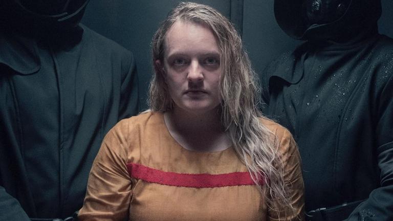 """The Handmaids Tale Saison 4 Episode 4 """"class ="""" wp-image-112469 """"data-recalc-dims ="""" 1 """"/>      <h2> Le pouvoir sera exploré d'une nouvelle manière! </h2> <p> Le pouvoir n'est pas toujours ce à quoi il ressemble. Ce n'est pas toujours un luxe. Parfois, cela peut aussi être dangereux et destructeur. Dans cet épisode, les fans continueront de voir l'histoire de June contre tante Lydia. Tante Lydia est obsédée par June et a tellement de relations personnelles. Les deux sont représentés comme l'ennemi. </p> <p> Cependant, tout ce à quoi ils devront penser en ce moment sera l'un de l'autre. Ce sera en effet fascinant pour les fans de voir deux ennemis qui s'entremêlent tout le temps. June et Lydia chercheront toutes deux des pouvoirs. Attendons encore pour voir laquelle sera la plus destructrice. </p> <p><img width="""