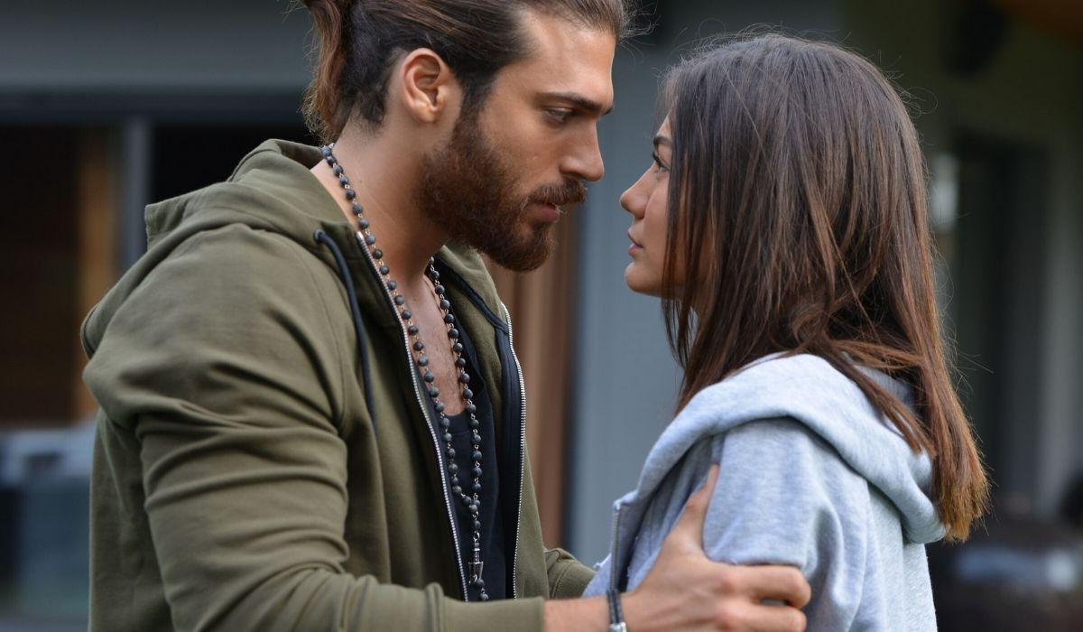 Sanem e Can in Daydreamer- le ali del sogno Credits Mediaset