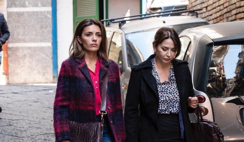 Serena Rossi e Rosalia Porcaro In Mina Settembre. Credits: Rai