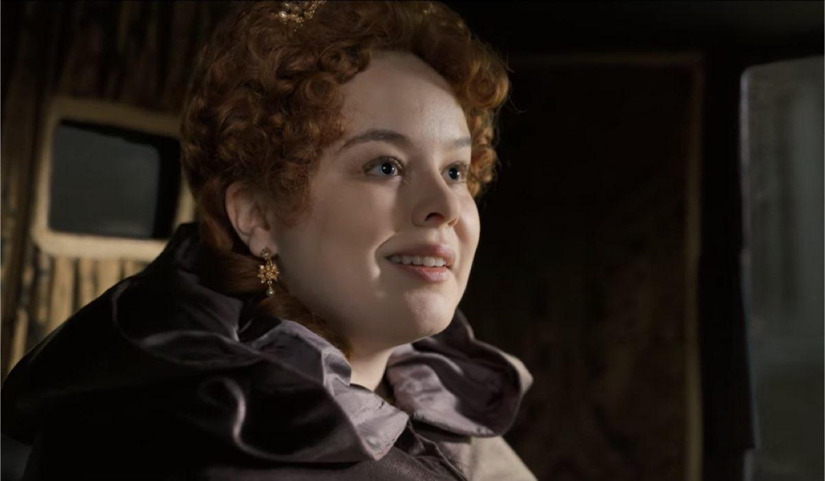 Penelope (Nicola Coughlan) è Lady Whistledown. Credits: Netflix.