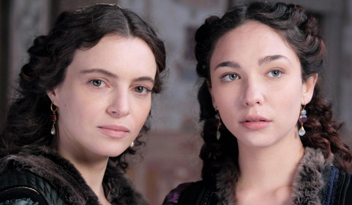 Miriam Dalmazio e Matilda De Angelis nella fiction Leonardo. Credits: Fabio Lovino e Rai
