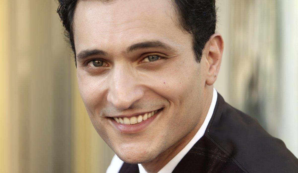 Alessandro Tersigni ne Il Paradiso Delle Signore interpreta Vittorio Conti, qui in un posato per la stagione 4. Credits: Rai
